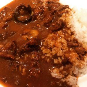 北新地 風靡  美味しくお肉を食べるためのカレーランチ